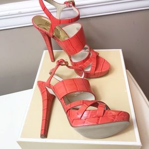 Michael Kors sz 7.5 Sexy Strappy Leather Heels